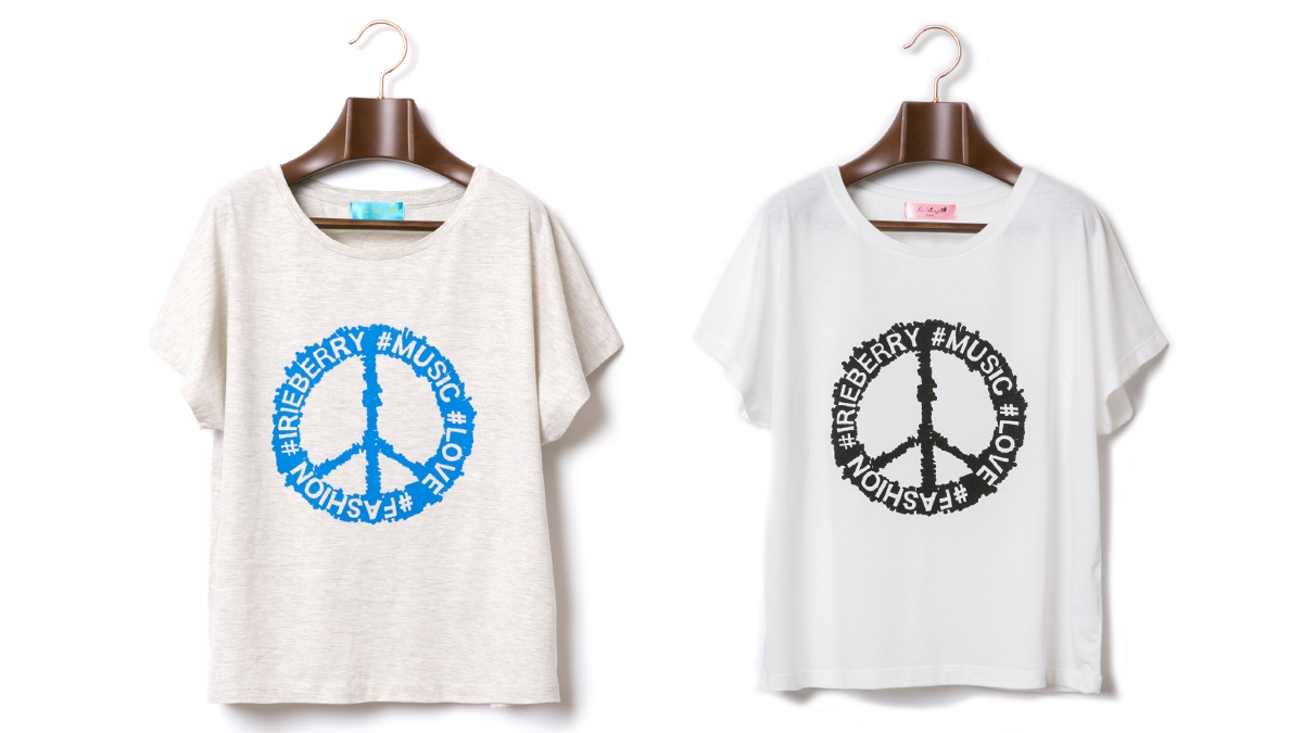 BERRY PEACE MARK TEE (OATMEAL WHITE) ¥4,500