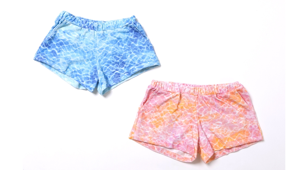 BERRY SURFACE SHORT PANTS (BLUE PINK) ¥7,500